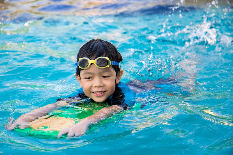 7 Ways to Keep Kids Safe Around Water